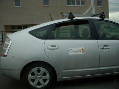 Google的Logo非常清楚,当然还有街景小人